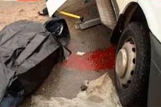 В Волгограде легковушка протаранила автобус с полицейскими, в результате погибли два человека