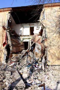 В Донецкой области в Макеевке произошло частичное разрушение дома