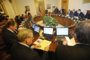 Министрам приказали не убегать от журналистов
