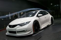 Первые ФОТО Honda Civic Next Generation Touring Car...
