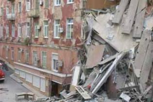 В Астрахани из-за взрыва газа обрушился подъезд 9-этажного жилого дома