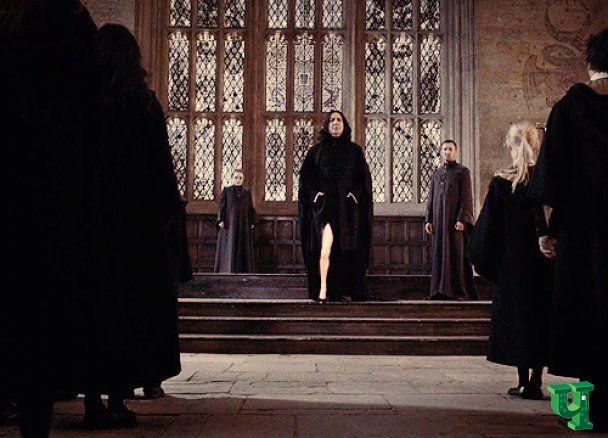 """В інтернеті з'явились """"Веселі пригоди ноги Анджеліни Джолі"""""""