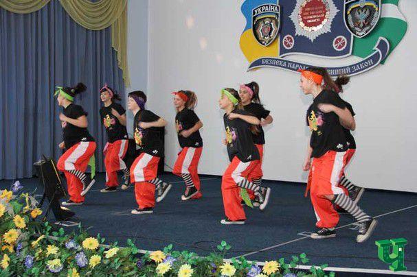 Торжества по случаю женского праздника состоялись в УМВД