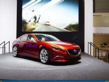 Mazda блеснула в Женеве европейской премьерой Takeri
