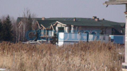 Сельские хоромы главного бездельника Украины, а по совместительству бывшего президента Ющенко